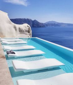 The Honeymoon Destination Canaves Oia Resort & Villas is located on the beautiful Greek island of Santorini in the village of Oia, a coastal vil Hotels And Resorts, Luxury Resorts, Resort Villa, Resort Spa, Hotel Pool, Dream Pools, Cool Pools, Pool Designs, Nature Photography
