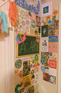 Room Ideas Bedroom, Bedroom Inspo, Bedroom Decor, My New Room, My Room, Indie Bedroom, Teen Bedroom, Chill Room, Cute Room Decor