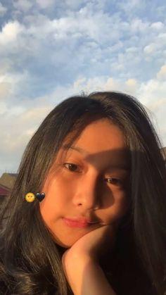 Cute Girl Photo, Girl Photo Poses, Girl Pictures, Girl Photos, Filipino Girl, Teen Girl Photography, Filipina Beauty, Gangsta Girl, Cute Love Memes