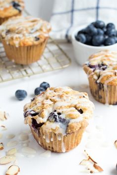Blueberry Coffee Cake Muffins @FoodBlogs