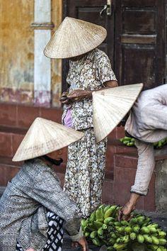 Conical - Hoi An, Vietnam Beautiful Vietnam, Vietnam Travel, Le Vietnam, Hoi An, People Of The World, Travel Photographer, Belle Photo, Southeast Asia, Asian Art
