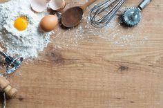 Dol op bakken? Deze ingrediënten moet je als thuisbakker absoluut in huis hebben.