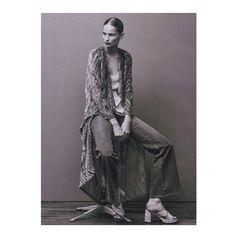 Høyer Nettbutikk @hoyerno Velvet kimono fro...Instagram photo | Websta (Webstagram)