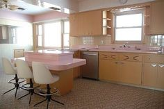 1962 GE time capsule kitchen - for sale - Retro Renovation 1950s Kitchen, Kitchen Sale, Kitchen Ideas, Tan Kitchen, Pastel Kitchen, Kitchen Post, Space Kitchen, Kitchen Chairs, Bar Chairs