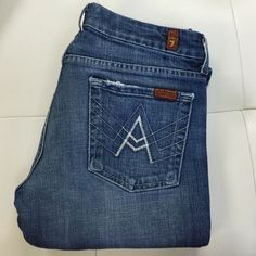 """⭐️FLASH SALE⭐️ 7 FOR ALL MANKIND Jeans Perfect pair of jeans every woman should own! Medium wash. Inseam is 32"""" 7 for all Mankind Jeans"""