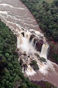 Saltos del Monday located in Presidente Franco District, Alto Parana Department, Paraguay
