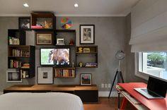 Navegue por fotos de Quartos Moderno: . Veja fotos com as melhores ideias e inspirações para criar uma casa perfeita.