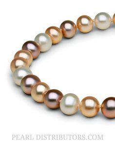metallic Freshwater pearls in a multicolor pearl necklace #metallicfreshwaterpearls