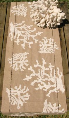 Natural Linen Table Runner with White Coral