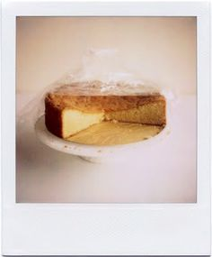almond cake. simple, simple, simple.