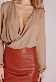Missguided - Cropped Wrap Blouse Camel
