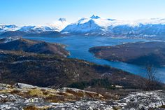 Utsikt mot Børvasstindene fra Høgnakken     http://www.tursiden.no/utsikt-mot-borvasstindene-fra-hognakken/