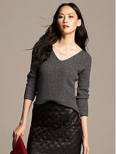 Ribbed Vee Pullover | Banana Republic.