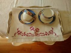 Hand embroidered tray cloth