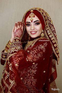 Hijab Bridal Dress Indian Hijab Makeup Models 2020 Hijab Make Up … – Clothes Muslimah Wedding Dress, Hijab Wedding Dresses, Hijab Bride, Pakistani Bridal Dresses, Wedding Dress Styles, Dress Wedding, Wedding Outfits, Bridal Hijab Styles, Bridal Style