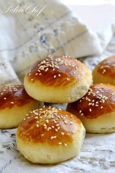 Staling savory soda – Bread Recipes Sandviç – The Most Practical and Easy Recipes Köstliche Desserts, Delicious Desserts, Yummy Food, Bread Recipes, Cooking Recipes, Soda Bread, Bread And Pastries, Turkish Recipes, Bakery