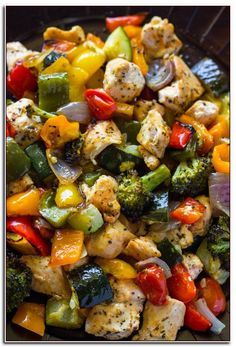 15 Minute Roasted Chicken and Healthy Vegetables (One Pan) - Dinner Recipes - Poulet - Chicken Recipes Pastas Recipes, Diet Recipes, Vegan Recipes, Broccoli Recipes, Top Recipes, Fruit Recipes, Recipies, Healthy Foods To Eat, Healthy Snacks