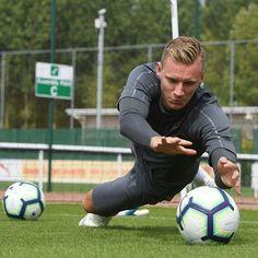 Maillot THIRD Arsenal Bernd Leno
