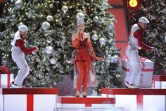 """Jennifer Nettles of Sugarland performs on """"CMA Country Christmas"""" (2011)."""