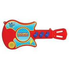 As crianças adoram expressar suas emoções por meio de sons e os instrumentos musicais infantis são uma ótima opção para alegrar os pequeninos.  Conheça a sensacional Guitarra Galinha Pintadinhada da Rosita, um instrumento colorido e próprio para crianças pequenas.  A guitarra possui três botões que emitem sons de notas musicais e tocam 3 lindas canções.  Com esta incrível guitarra, as crianças poderão soltar seu lado artístico e terem muitos momentos de alegria e diversão!