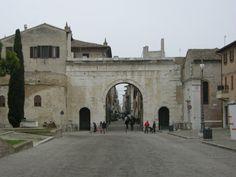 Fano, Arco d'Agosto