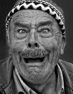 Ahahaha! OMG!!! Old man, funny expression, smile, powerful face, wrinckles, lines of life, cute, sweet, portrait, photo b/w.