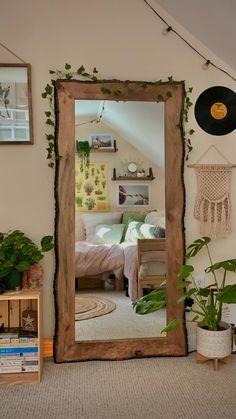 Indie Room Decor, Cute Room Decor, Aesthetic Room Decor, Study Room Decor, Room Design Bedroom, Room Ideas Bedroom, Bedroom Inspo, Pretty Room, Cozy Room