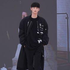 #2016fw #collection #china #chongqing #fashionshow #esteem  #model #leeheesu #seoulsoulshowroom #runway #Kfashion  #Korean Wave time line #Culture, #Fashion, #Cosmetics...