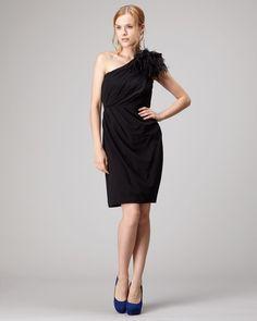 IMPORT PARTY DRESS COLLECTION ブラック  羽毛モチーフワンショルダードレス