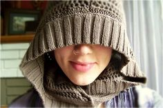 Needle and Nest Design: D.I.Y upcycle your sweater into a hooded scarf