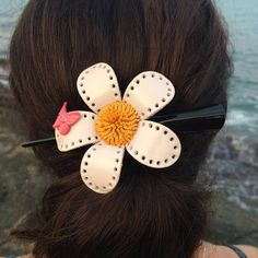 Leather Flower Hair Clip / White Daisy with Butterfly /