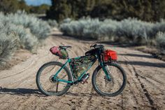 Basketpacking California and Nevada; Stagecoach 400 and Death Valley-bound. Desert Road, Desert Life, California Camping, Cargo Bike, Touring Bike, Death Valley, Road Cycling, Outdoor Camping, Veils