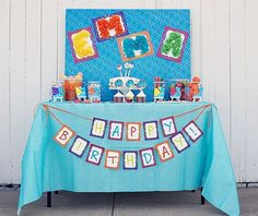 ART Birthday Party Supplies ~ cupcake toppers, napkin rings, cello toppers, beverage wrappers, banner, art frames, dessert tags and more with thecelebrationshoppe.com ~ $32.00