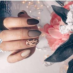 60 Amazing Festive Christmas Nail Art Designs 50 Amazing Festive Christmas Nail Art Designs – Trendy animal print nails design for holidays Trendy Nail Art, Easy Nail Art, Cool Nail Art, Simple Nail Art Designs, Beautiful Nail Designs, Cute Nails, My Nails, Simple Wedding Nails, Animal Nail Art