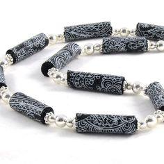 Fibre collier perle collier, collier Textile tissu collier noir et blanc de printemps Bijoux Collier été collier sous 30 OOAK
