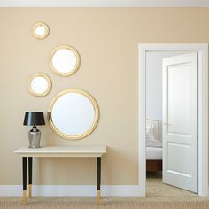 Good feng shui is important for positive harmony and it's easy to create in your own home. Use these simple ideas for creating good feng shui with mirrors! Feng Shui Colores, Home Renovation, Home Remodeling, Feng Shui Dicas, Feng Shui Apartment, Feng Shui Bathroom, Etagere Design, Farmhouse Side Table, Bedrooms