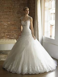 Sweetheart Lace Wedding Dress | BallGown Sweetheart Tulle Satin Sweep Train White Lace Wedding Dresses ...