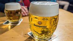 #schärdingunddu #schärding #baumgartnerbier #bier #wochenteilen #brauereibaumgartner Mugs, Glasses, Tableware, Brewery, Lemonade, Beer, Food And Drinks, Eyewear, Dinnerware