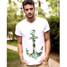 #Marianodivaio with our #Anchorpalms t-shirt. Get #yours on WWW.NOHOWSTYLE.COM We are #proud about our products