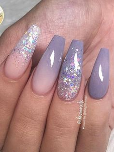 Cute Lavender Grey, Ombre and Glitter on long Coffin Nails Set! Here are some gorgeous gray nail art design ideas between black and gray nails, pink and grey nails, and gray ombre nails! Nail Design Glitter, Coffin Nails Glitter, White Coffin Nails, Coffin Nails Long, Long Nails, Nails Design, Nail Art Designs, Ombre Nail Designs, Glitter Ombre Nails