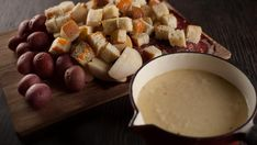 Fondue au fromage à la bière blanche et chipotle | Recettes | Signé M | Émission TVA