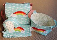 Canastilla para bebé personalizada con bolso-mochila