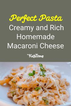 Creamy and Rich Homemade Macaroni Cheese Your Kids Will Love Homemade Macaroni Cheese, Macaroni Pasta, Macaroni And Cheese, Sausage Pasta Recipes, Vegetarian Pasta Recipes, Nutritious Meals, Casserole Dishes, Family Meals, Dinners