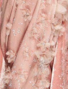 Pretty in Pink ღ Christian Dior Haute Couture Dior Haute Couture, Christian Dior, Couture Details, Fashion Details, Pink Love, Pretty In Pink, John Galliano, Galliano Dior, Foto Real