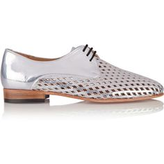 Dieppa Restrepo Cali metallic perforated patent-leather brogues (3 850 UAH) ❤ liked on Polyvore featuring shoes, oxfords, metallic, balmoral shoes, small heel shoes, low heel shoes, patent shoes and patent oxfords