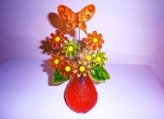 VINTAGE GROOVY FLOWER SCULPTURE WITH BUTTERFLY mcm 60s 70s lucite acrylic retro Hippie Flowers, Childhood Memories, Flower Power, Retro Vintage, Sculpture, Space Age, Crystals, Crafts, Mid Century