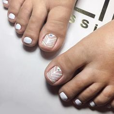 Over 50 Incredible Toe Nail Designs for Your Perfect Feet - Nail Art Pedicure Colors, Pedicure Designs, Pedicure Nail Art, Toe Nail Designs, Toe Nail Art, Pedicure Ideas, Pretty Toe Nails, Pretty Toes, Feet Nails