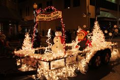 Nighttime Christmas Parade Floats | Christmas Parade Campbellsville Ky