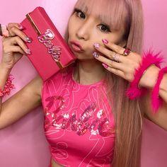 #ootd #barbie #barbiegirl #azusabarbie #gatabakana #charlotteolympiabarbie #charlotteolympia #saragallojewelry #betseyjohnson