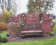 Bildergebnis für ruinenmauer aus alten abbruchziegeln